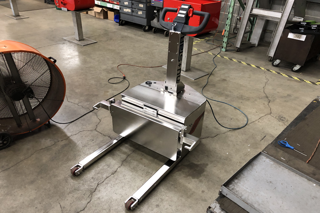 Electric Pushers and Tugs for Food Manufacturing and Distribution