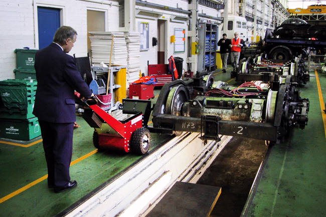 Moving Loads on Rails | Electric Pushers & Tugs for Moving Loads on Rails