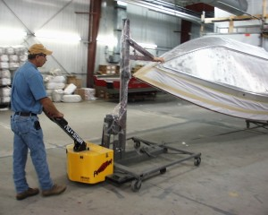 material-handling-moving-loads-on-carts-02