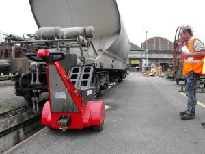 SPP at SNCF pushing rail freight wagon