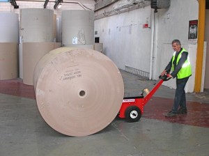 material-handling-pushing-cable-drums-paper-rolls-02